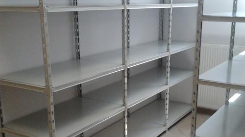 Metalowe regały magazynowe biurowe na dokumenty